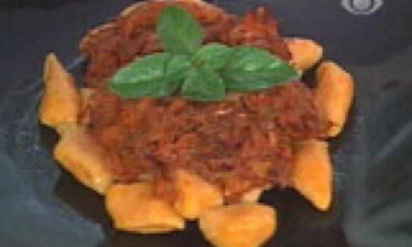 Nhoque de Abóbora com Molho de Carne Seca