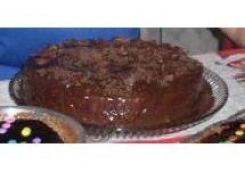 Bolo de Chocolate Recheado com Trufa