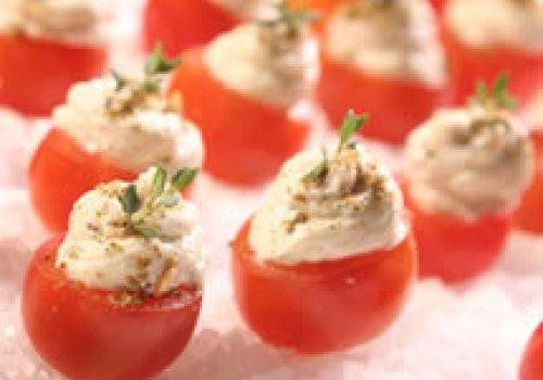 Tomatinho Cereja recheado com Chanclish