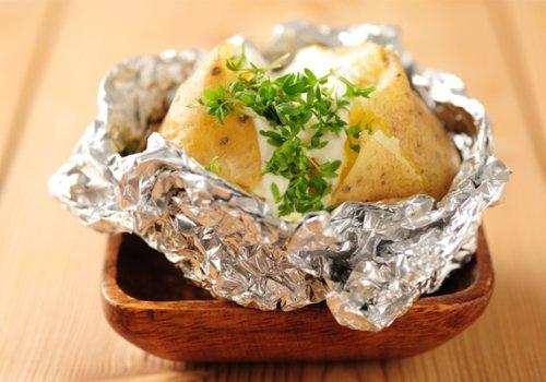 Baked Potatoes com Molho de Provolone