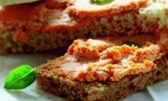 Peito de frango recheado com mandioquinha e queijo coalho