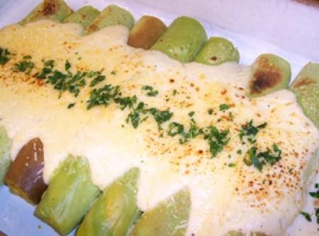 Rolinho de Panqueca com Cenoura e Espinafre