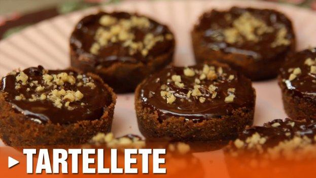 Tartelette de Caramelo, Nozes e Chocolate