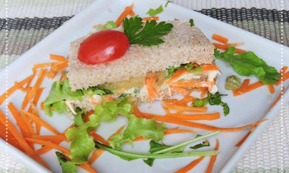 Sanduíche de Frango com Frutas