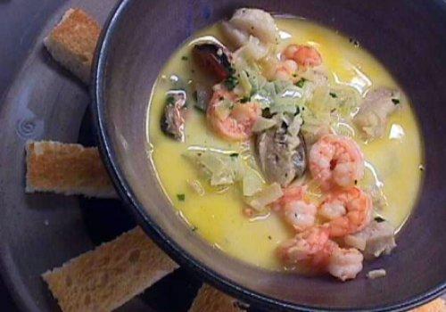 Sopa de Frutos do Mar e Peixe