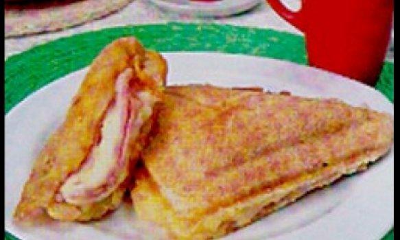 Tostex de pão de queijo