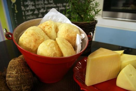 Pão de Queijo de Inhame   Cyber Cook