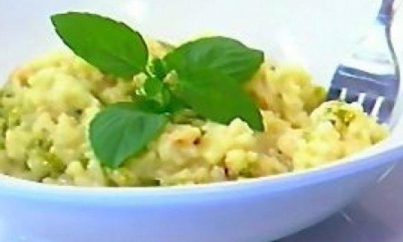 Risoto de Gorgonzola Com Maçã Verde e Castanha de Caju