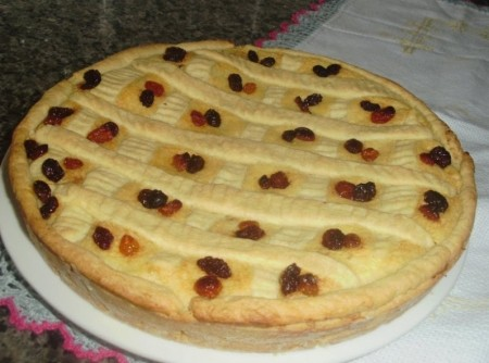Torta de Ricota com Uvas Passas