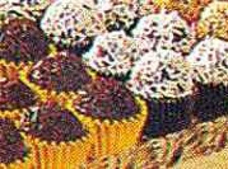 Brigadeiro de Bolo   lucinea tome de araujo santos