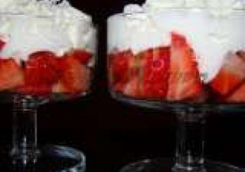 Recheios de bolos - morango c/ chantily