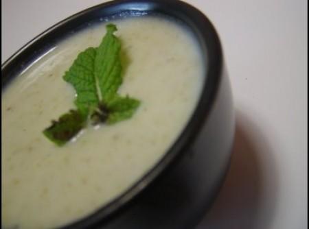 Sopa Cremosa de Brócolis e Couve-flor