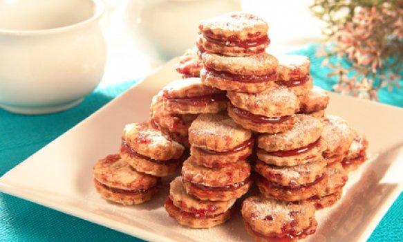 Biscoito integral de aveia e goiabada