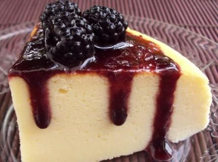 Cheesecake com Coulis de Amoras Silvestres