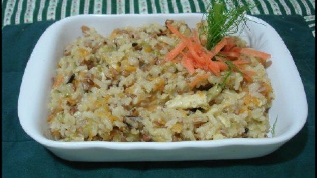 Arroz 7 grãos com requeijão e legumes (Light)