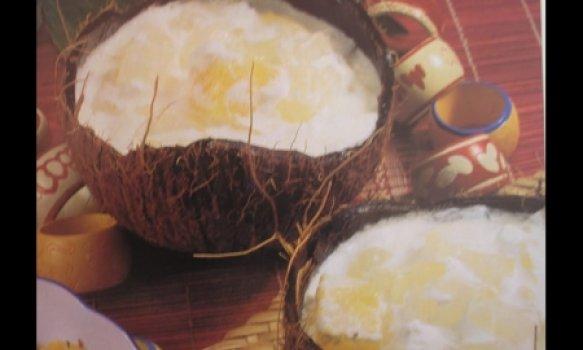 Gelado de coco e abacaxi