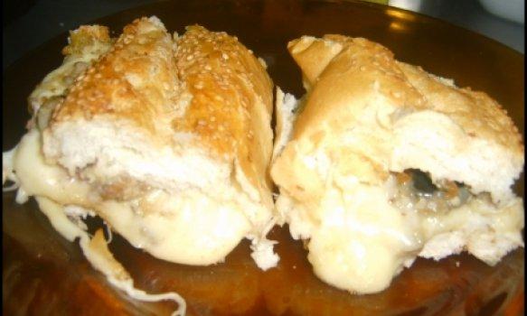 Pão recheado para churrasco