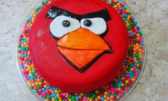 Bolo Angry Birds de Morango