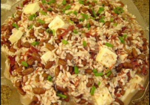 Risoto de feijão, carne seca e queijo de coalho