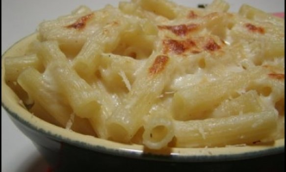 Macarroni and cheese