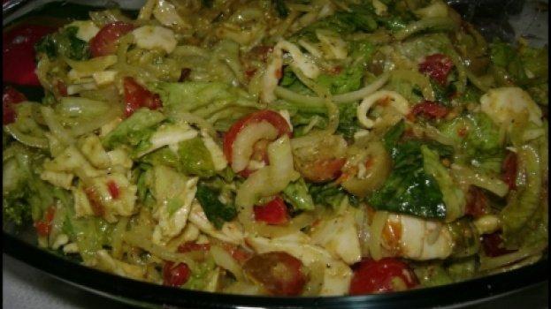 Salada Verde com Molho De Mostarda