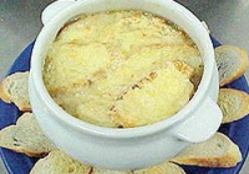 sopa creme de cebolas