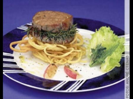 Liguine frito com medalhão de filé mignon   CyberCook