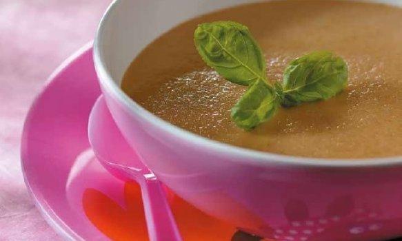 Sopa de Lentilhas Vermelhas e Tomate