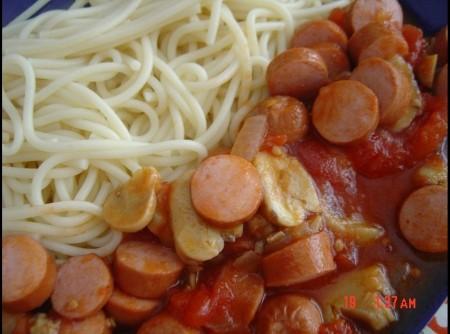 Esparguete á Salsicheiro