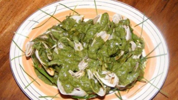 Tortilha com Camarão e Molho de Espinafre