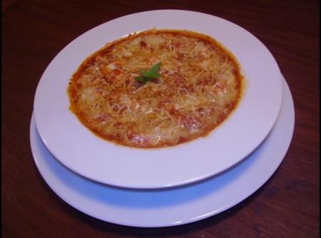 Gnocchi de aipim, ao molho de tomate confit gratinado