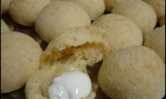 Pão de Queijo - massa com batatas