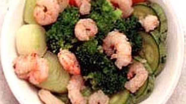 Salada de Vegetais e Camarão com Molho de Missô e Mostarda