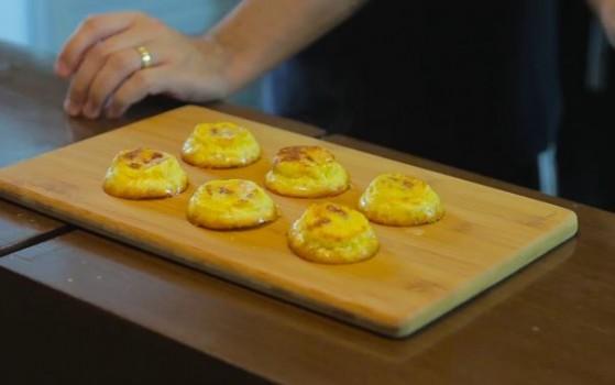 Pão de Queijo com Calabresa e Cream Cheese | CyberCook