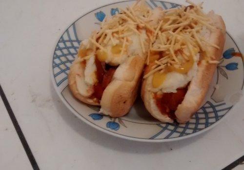 Hot Dog com Molho de Calabresa