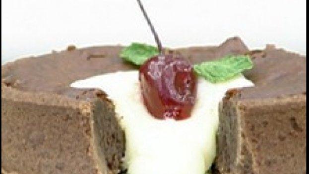 Torta de Chocolate e Café com Ganache Branco
