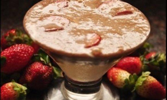 Sobremesa gelada com morangos
