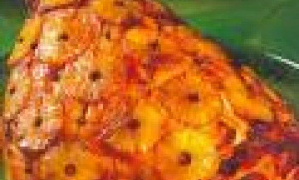 Pernil de porco ao rum c/ rodelas de abacaxi