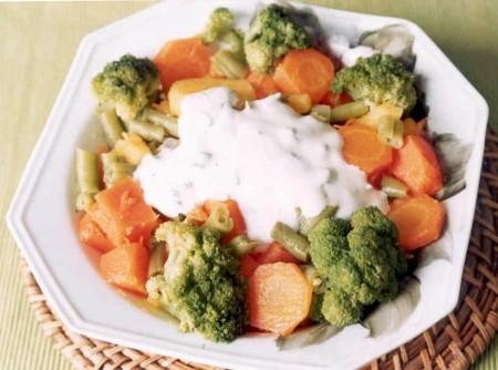 Legumes ao Molho de Iogurte | CyberCook