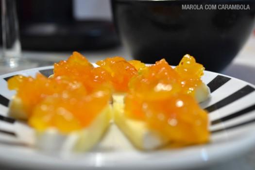 Chutney de Damasco com Queijo Brie