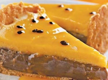 Torta de brigadeiro com maracujá
