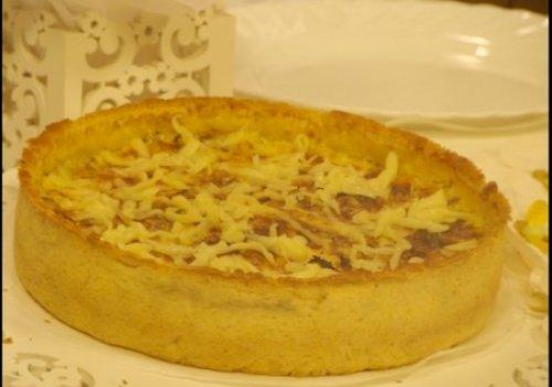 Torta de queijo e cebola