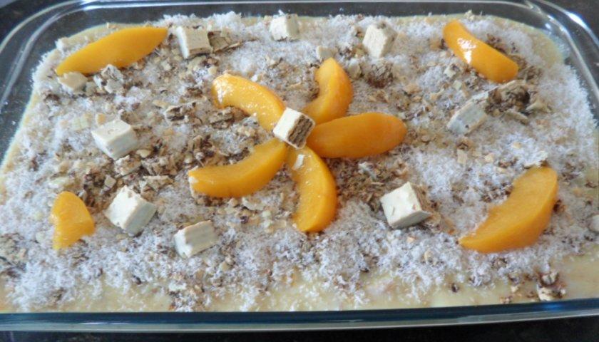 Torta de Pêssego e Bombom Recheado