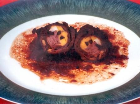 Enrolado de Carne com Azeitonas e Presunto