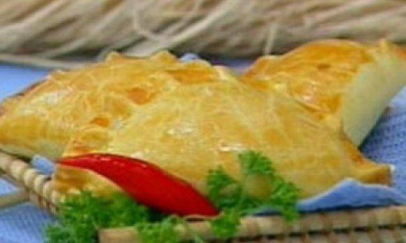 Empanada chilena de bacalhau