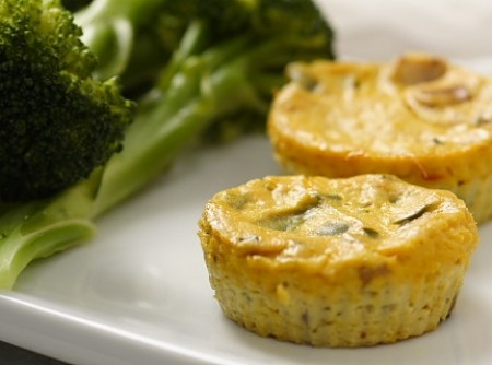 Mini Crustless Tofu Quiches | Rômulo Vidor