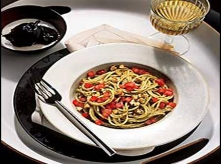 Espaguete ao Pesto com Pecorino
