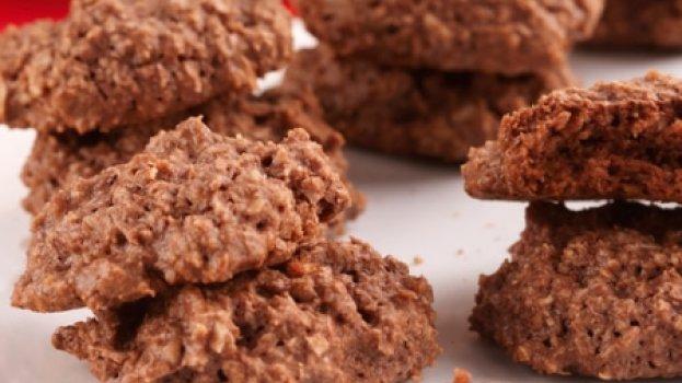 Biscoito de chocolate e amêndoas/CyberCook