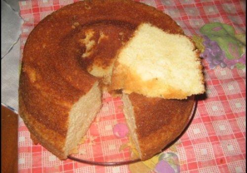 BOLO ALBA(feito com queijo ralado)