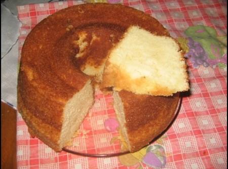 BOLO ALBA(feito com queijo ralado)   Lumi Elenice Teramoto Klein